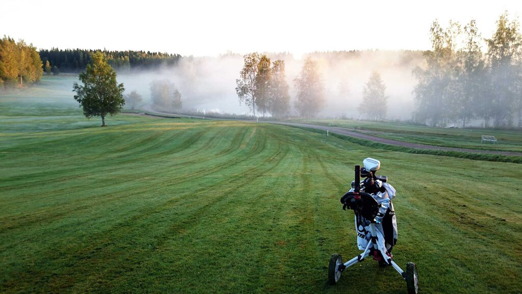 Poltinkoski Golf väylä 1